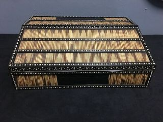 19TH CENTURY ANGLO-INDIAN PORCUPINE QUILL CAMPAIGN OR LAP DESK