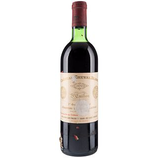 Château Cheval Blanc. Cosecha 1970. St. Émilion. 1er. Grand Cru Classé. Nivel: en el hombro superior.