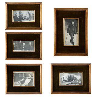 Lote de 5 impresiones de fotografías de Winston Churchill Consta de: Churchill con Harry S. Truman. Otros.