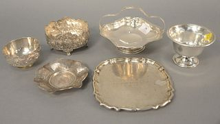 """Six-piece silver lot to include dishes, small basket, small tray, etc. dia. 7"""", 29 t.oz. ."""