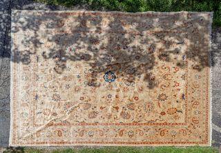 Persian Ushak Wool Rug