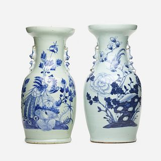 Chinese Export, Blue and White vases, set of two