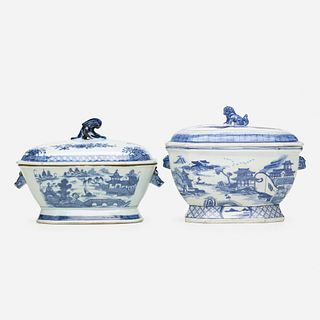 Chinese Export, Blue and White soup tureens and covers, set of two