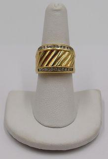 JEWELRY. David Yurman 18kt Gold and Diamond Ring.