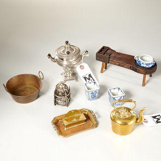Group antique & vintage miniature housewares group