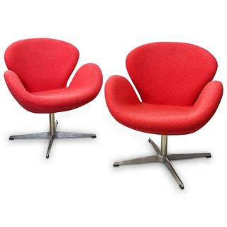 Pair of Contemporary Fritz Hansen Style Swan Chairs