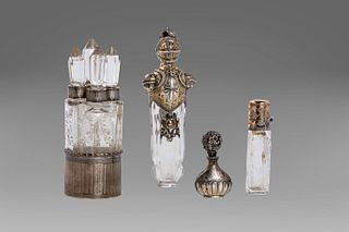 Lot consisting of 4 crystal and silver perfume holders