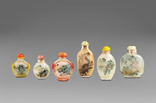 Lot of six hand-painted glass snuff bottles, 20th century China
