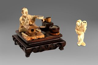 Lot of two small ivory objects: an okimono with kitchen utensils on a square wooden base, and a netsuke, Japan 19th - 20th centuries