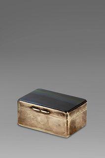 Silver box, blue agate lid, England 20th century