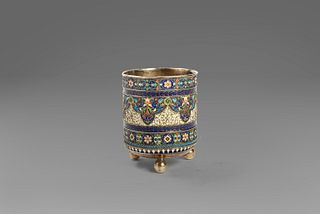 Pavel Ovchinnikov (Otradnoe 1830-1888)  - Vase in silver and enamels