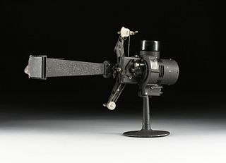 AN AMERICAN BELL & HOWELL FILMO 16MM AUTOMATIC CINE PROJECTOR CINEMACHINERY, CHICAGO, 1925-1931,