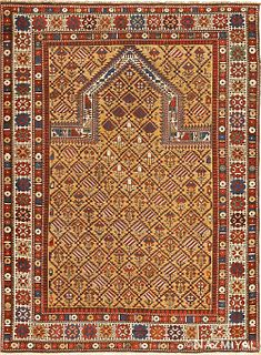 Antique Caucasian Dagestan rug , 4 ft 5 in x 5 ft 10 in ( 1.35 m x 1.78 m )