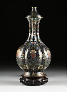 AN ANTIQUE CHINESE POLYCHROME ON BLACK GROUND ENAMELED CLOISONNÉ BOTTLE FORM MELON VASE LAMP, EARLY 20TH CENTURY,