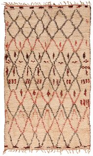 Vintage Moroccan rug , 6 ft x 9 ft 7 in ( 1.83 m x 2.92 m )