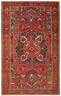 Antique Persian Heriz carpet, 9 ft 4 in x 15 ft 3 in ( 2.84 m x 4.65 m )