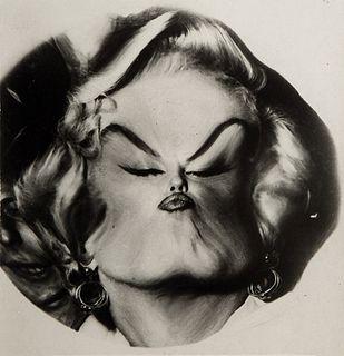 Weegee (1899-1968)  - Marilyn Monroe (Distorsion), years 1950-1960