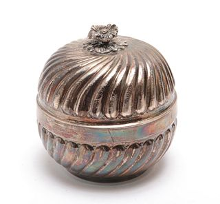 Continental 900 Silver Round Covered Box