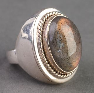 Sterling Silver Ring W Labradorite Cabochon