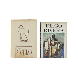 LOTE DE LIBROS SOBRE DIEGO RIVERA. a) Diego Rivera 50 Años de su Labor Artística. b) Diego Rivera. Arte y Revolución. Pzs: 2.