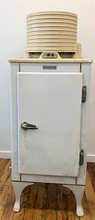 Antique General Electric Refrigerator CA-1-416