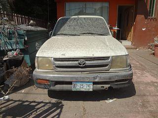 Pick up Toyota Tacoma  1998