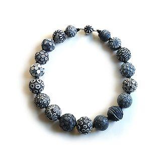 Black & White Big Bead Necklace #162