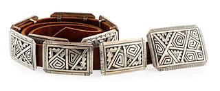 Peter Nelson (Dine, b. 1954) Sterling Silver Concha Belt Lot is located and will ship from Denver, Colorado