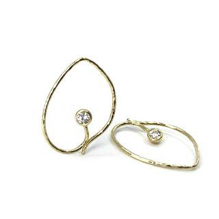 Baby Iris earrings in 18K yellow gold