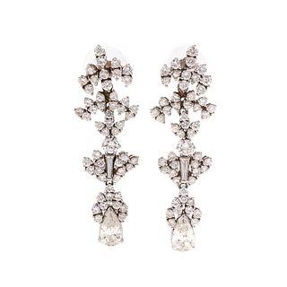 A Pair of Stunning Diamond Dangle Earrings in 14K