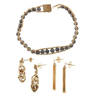 A Grey Pearl Bracelet & Two Pairs of Earrings
