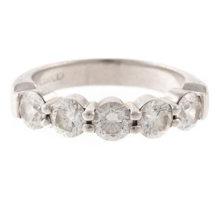 A 2.00 ct Diamond Band in Platinum