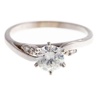 A Classic 0.85 ct Diamond Engagement Ring in 14K