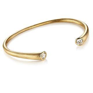 Whisper Cuff in 18K Gold and Diamonds