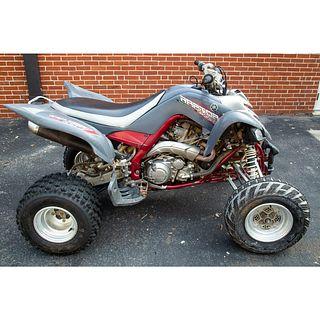 A 2007 Yamaha Raptor ATV