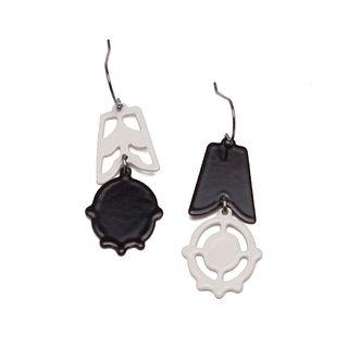 2pc Asymmetrical Dangles in black and cream