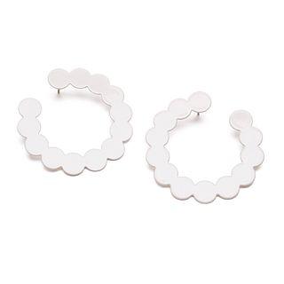 Pearl Side Hoops in cream