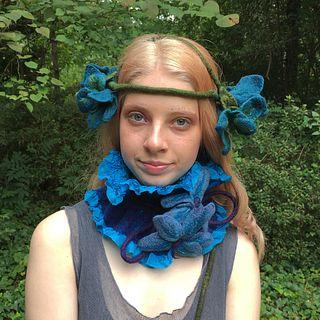 Ruffled Silk and Wool Collar - Turquoise & Indigo