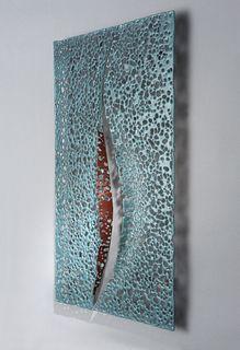 Karen Bexfield, Fissure