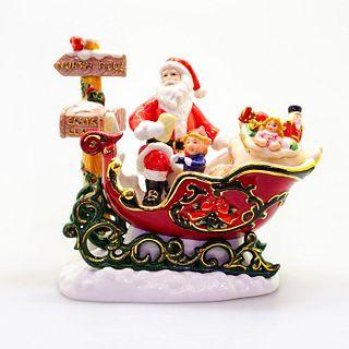 Santa's Journey HN5111 - Royal Doulton Figurine