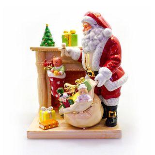 Santa's Surprise HN4800 - Royal Doulton Figurine
