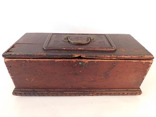 18TH C. CARVED WOOD BOX