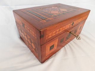 VICTORIAN MARQUETRY INLAID BOX