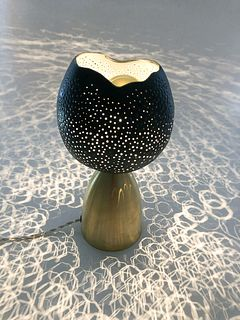 Black Honeycomb Dot Lamp