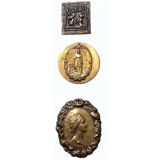 A Small Card Of Brass Ashlee Picture Buttons