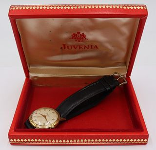 JEWELRY. Men's Juvenia 14kt Gold Wrist Watch.