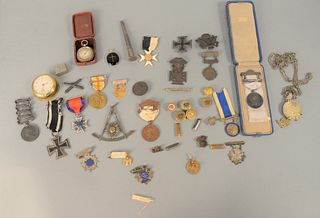 Tray Lot of Medals to include military medals, 1914 cross medal, buttons, mason's medal presented by Howard Lodge to WPM John Morgan...