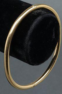 Vintage Italian 18K Yellow Gold Bangle Bracelet