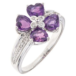 AMETHYST AND DIAMONDS RING. 14K WHITE GOLD