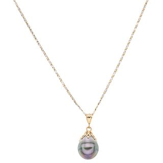 CHOKER AND PENDANT WITH TAHITIAN PEARL . 14K YELLOW GOLD